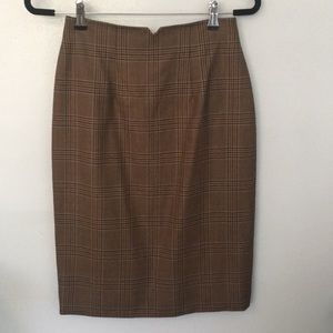 Beautiful Carlisle wool pencil skirt size 4